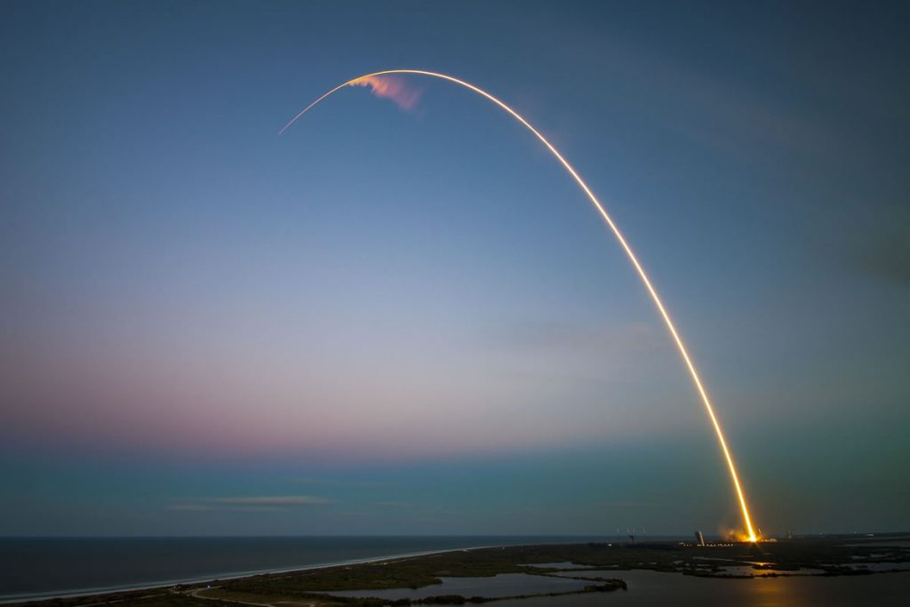 Journey into space. Image credit: Free-Photos.
